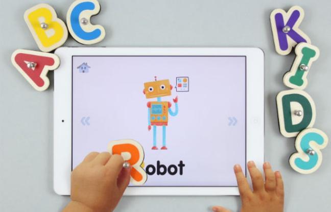 648x415_jeu-smart-letters-marbotic-fait-pont-entre-bois-digital