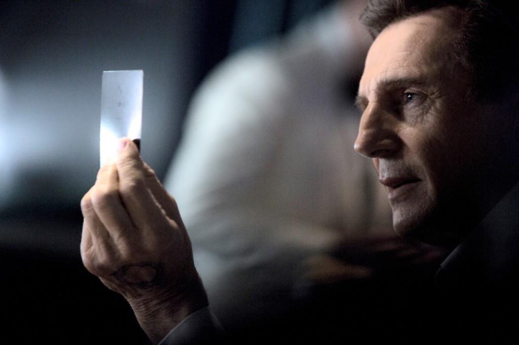 Liam Neeson – LG super bowl